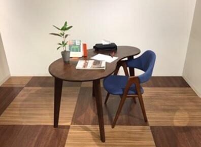 新生活のスタートに!デザインが特徴的なテーブルのご紹介